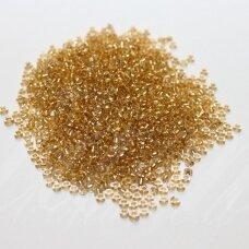 PCCB00083-10/0 2.2 - 2.4 mm, apvali forma, skaidrus, viduriukas auksinė spalva, apie 50 g.