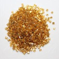 pccb31001/17050-09/0 2.4 x 2.4 mm, pailga forma, skaidrus, auksinė spalva, viduriukas su folija, apie 50 g.