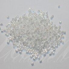 PCCB31001/46102-11/0 1.7 x 1.9 mm, pailga forma, balta spalva, blizgi danga, apie 50 g.