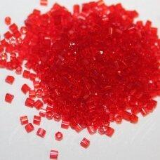 pccb31001/90050-09/0 2.4 x 2.4 mm, pailga forma, raudona spalva, apie 50 g.