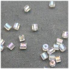 pccb351/31001/58205-11/0 1.7 x 1.9 mm, pailga forma, skaidrus, ab danga, apie 50 g.