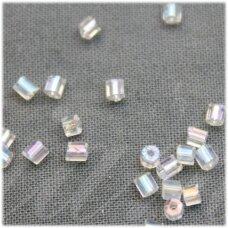 pccb351/31001/58205-10/0 2.2 x 2 mm, pailga forma, skaidrus, ab danga, apie 50 g.