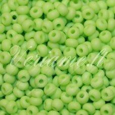 pccb53410-15/0 1.4 - 1.5 mm, apvali forma, salotinė spalva, apie 50 g.