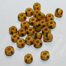 pccb83590-33/0 8 mm, apvali forma, geltona spalva, dryžuoti, marga, apie 50 g.
