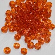 pccb90000-13/0 1.6 - 1.8 mm, apvali forma, skaidrus, oranžinė spalva, apie 50 g.