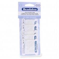 Beadalon® 100% šilkinė virvelė karoliukams (su adata) 02, 04, 06 dydžiai White (balta) (2m/6.5ft kiekviena)