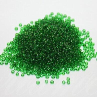 bis0007-12/0 1.8 - 2.0 mm, apvali forma, skaidri, žalia spalva, apie 50 g.