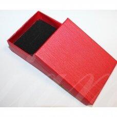 dz0042-stat-90x70x25 apie 90 x 70 x 25 mm, stačiakampio forma, raudona spalva, dovanų dėžutė, 1 vnt.