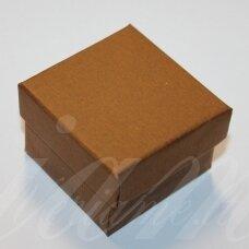 dz0052-kvad-50x50x35 apie 50 x 50 x 35 mm, kvadrato forma, šviesi, ruda spalva, dovanų dėžutė, 1 vnt.