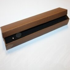DZ0052-STAT-210x40x20 apie 210 x 40 x 20 mm, stačiakampio forma, šviesi ruda spalva, dovanų dėžutė, 1 vnt.
