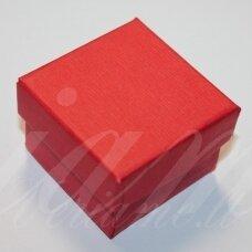 dz0056-kvad-50x50x35 apie 50 x 50 x 35 mm, kvadrato forma, raudona spalva, dovanų dėžutė, 1 vnt.