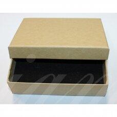 DZ0057-STAT-110x80x30 apie 110 x 80 x 30 mm, stačiakampio forma, gelsva spalva, dovanų dėžutė, 1 vnt.