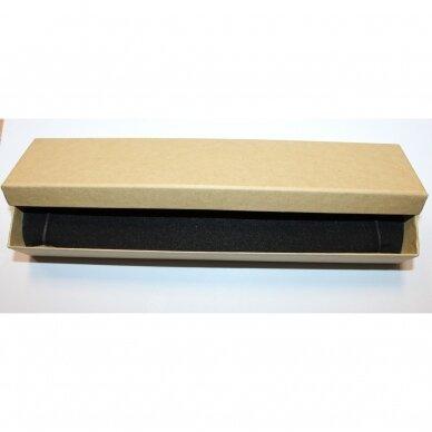 dz0076-stac-210x40x20 apie 210 x 40 x 20 mm, stačiakampio forma, šviesi, gelsva spalva, dovanų dėžutė, 1 vnt.