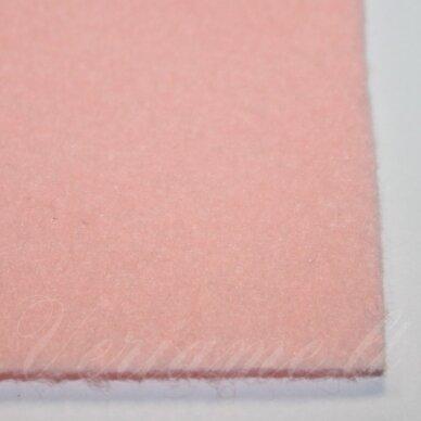 fil0107 apie 330 x 420 x 1 mm, šviesi, rožinė spalva, filcas, 1 vnt.