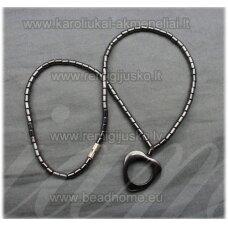 hvp0005 apie 40 cm, hematitas, kaklo vėrinys, širdutės forma, pakabukas, 1 vnt.