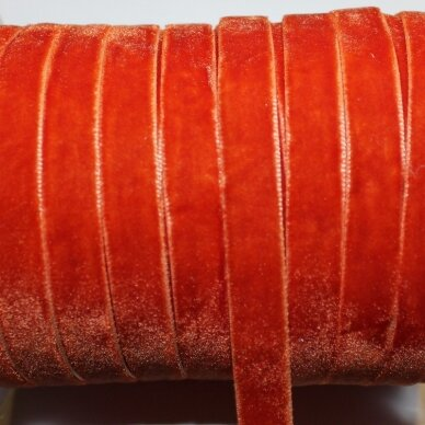 jak0024 apie 10 mm, oranžinė spalva, aksominė juostelė, 1 m.