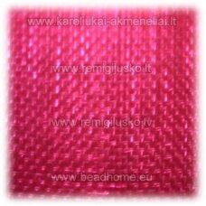 jor0073 apie 30 mm, ryški, tamsi, rožinė spalva, organzinė juostelė, 1 m.