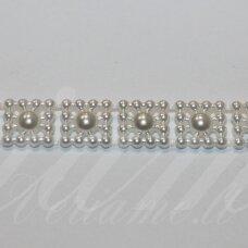 jpk0009 apie 10 mm, balta spalva, akrilinių karoliukų juostelė, apie 100 cm.