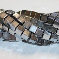 jsha-sid-kub-10 apie 10 mm, kubo forma, sidabrinė spalva, hematitas, apie 38 vnt.