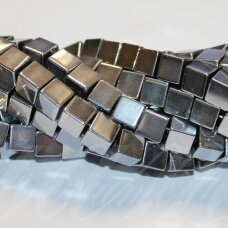 jsha-sid-kub-06 apie 6 mm, kubo forma, sidabrinė spalva, hematitas, apie 60 vnt.