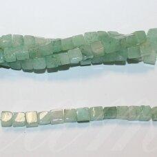 jskaav-zal-kub2-06 apie 6 mm, kubo forma, žalias avantiurinas, apie 62 vnt.