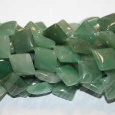 jskaav-zal-rom-18x18x6 apie 18 x 18 x 6 mm, rombo forma, žalias avantiurinas, apie 22 vnt.