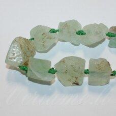 jskaav-zal0002 apie nuo 10 x 23 iki 13 x 40 mm, netaisyklinga forma, žalias avantiurinas, 14-15 vnt.