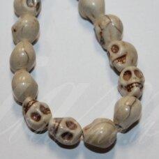 jskah-kauk22-10x8 apie 10 x 8 mm, kaukolės forma, pilka spalva, hovlitas, apie 38 vnt.