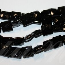 JSKAON-KVAD8-BR-12x12x6 apie 12 x 12 x 6 mm, kvadrato forma, briaunuotas, oniksas, apie 32 vnt.