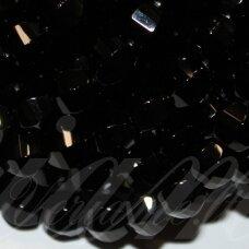 jskaon-pai-6br-br-08 apie 8x8 mm, pailga forma, šešiabriaunis, briaunuotas, oniksas, apie 48 vnt.