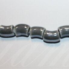 jsker0015-lcil-14x8 (A30) apie 14 x 8 mm, skylė 5 mm, lenkto cilindro forma, pilka spalva, keramikiniai karoliukai, apie 25 vnt.