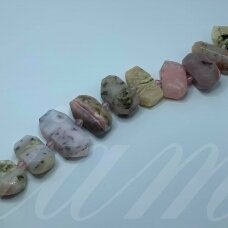 jsrozop-net9-10x12-17x32 apie 10 x 12 - 17 x 32 mm, netaisyklinga forma, rožinis opalas, apie 38 cm.