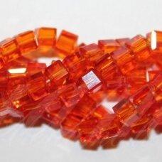 jssw0015gel-kub1-03x3 apie 3 x 3 mm, kubo forma, skaidrus, raudona spalva, stikliniai / kristalo karoliukai, apie 100 vnt.