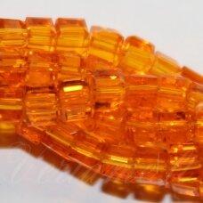 jssw0022k-kub1-03x3 apie 3 x 3 mm, kubo forma, skaidrus, oranžinė spalva, stikliniai / kristalo karoliukai, apie 100 vnt.