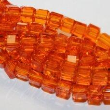 jssw0022k-kub1-04x4 apie 4 x 4 mm, kubo forma, briaunuotas, skaidrus, oranžinė spalva, stikliniai / kristalo karoliukai, apie 100 vnt.