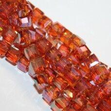jssw0415-kub1-04x4 apie 4 x 4 mm, kubo forma, skaidrus, oranžinė spalva, blizgi danga, stikliniai / kristalo karoliukai, apie 100 vnt.