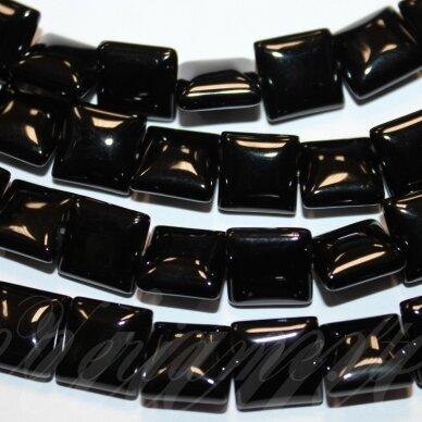 jskaon-kvad8-12x12x4.5 apie 12 x 12 x 4.5 mm, kvadrato forma, oniksas, apie 31 vnt.