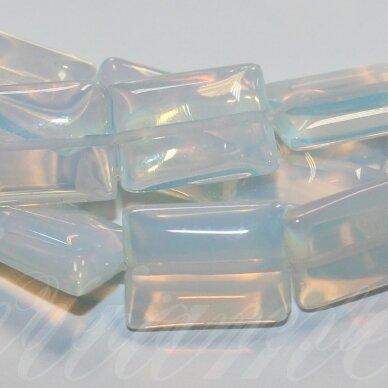 jskaop-stac-18x13x4.5 apie 18 x 13 x 4.5 mm, stačiakampio forma, opalitas, apie 22 vnt.