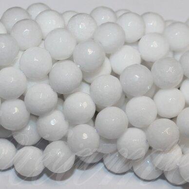 jskaza-balt-apv-br-04 apie 4 mm, apvali forma, briaunuotas, balta spalva, žadeitas, apie 90 vnt.