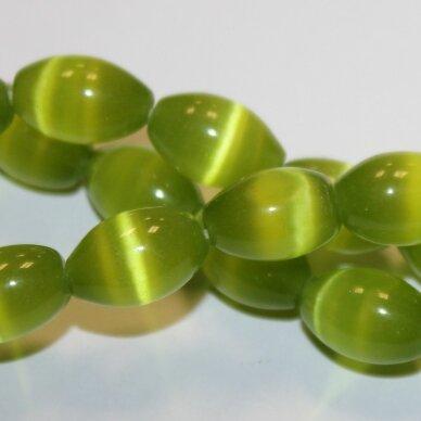 jsstkat0014-pai-14x10 (22g) apie 14 x 10 mm, pailga forma, salotinė spalva, stiklinis karoliukas, katės akis, apie 28 vnt.