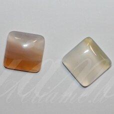 kab-kaa05-kvad-16x16x5 apie 16 x 16 x 5 mm, kvadrato forma, marga spalva, agatas, kabošonas, 1 vnt.