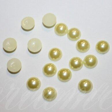 kab-akr06-disk-03.8x1.8 apie 3.8 x 1.8 mm, disko forma, gelsva spalva, akrilinis kabošonas, apie 600 vnt.