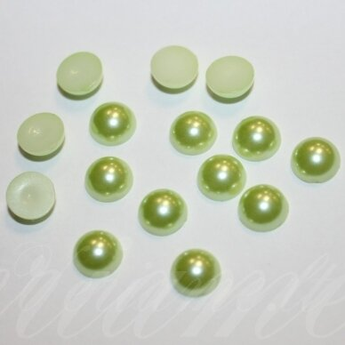 KAB-AKR12-DISK-06.8x3.2 apie 6.8 x 3.2 disko forma, žalsva spalva, akrilinis kabošonas, apie 130 vnt.