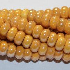 ker0006-ron-05x8 apie 5 x 8 mm, rondelės forma, šviesi, oranžinė spalva, keramikiniai karoliukai, 1 vnt.