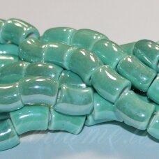 ker0031-lcil-14x8 apie 14 x 8 mm, skylė 5 mm, lenkto cilindro forma, šviesi, žalia spalva, keramikiniai karoliukai, 1 vnt.