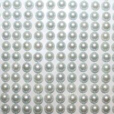 KLAP0008 perliuko skersmuo 6 mm, šviesi, melsva spalva, klijuojami akriliniai perliukai, 20 juostelių po 13 vnt.