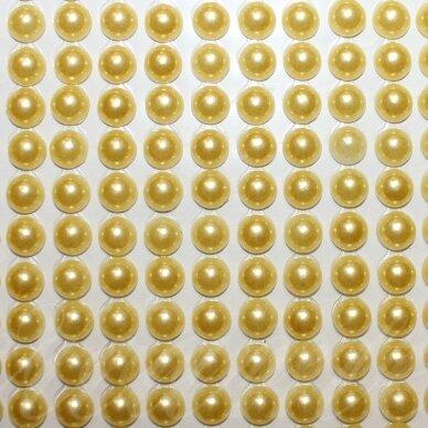 klap0019, perliuko skersmuo 6 mm, geltona spalva, klijuojamas akrilinis perliukas, 20 juostelių po 13 vnt.