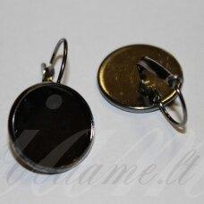md1831 apie 28 x 18 mm, juoda spalva, auskaro detalė, tinka 16 mm disko formos kabošonui, 2 vnt.