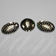 md2310 apie 29 x 22 mm, metalo spalva, ovalo forma, perforuota detalė, 12 vnt.