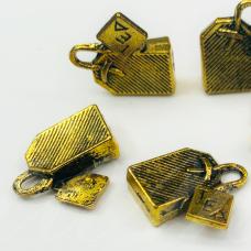 md6621 apie 15 x 15 mm, sendinta, auksinė spalva, pakabukas, 10 vnt.